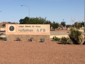 Holloman_AFB_entrance