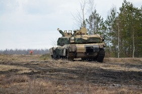 Abrams moving into firing position 3