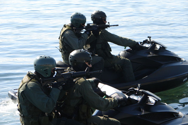 JET SKIS in the Service of Army Special Forces 2 - c