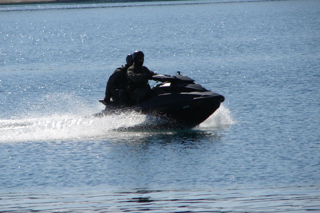 JET SKIS in the Service of Army Special Forces -c