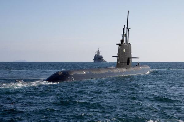 Gotland tar sikte på USS Lake Chaplain en amerikansk robotkryssare