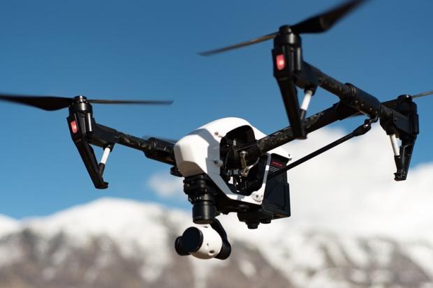 Drone 1 800 533